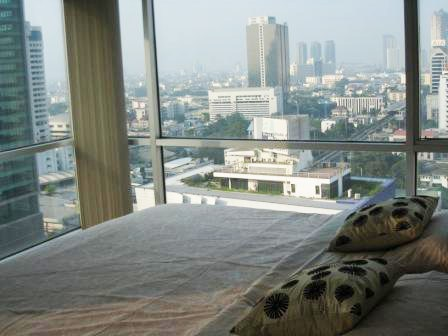 Fully furnished <strong>condo for rent in Silom</strong>, Silom Suites